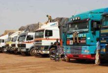 camions stationnés
