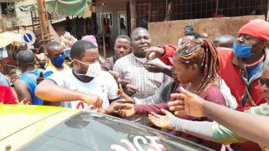 Survie Cameroun en pleine distribution des masques