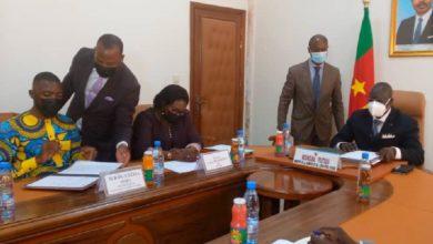 Signature accords de partenariat minjec