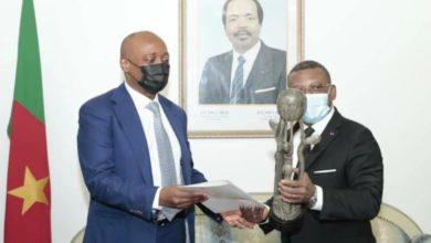 Motsepe reçu par Dion Ngute